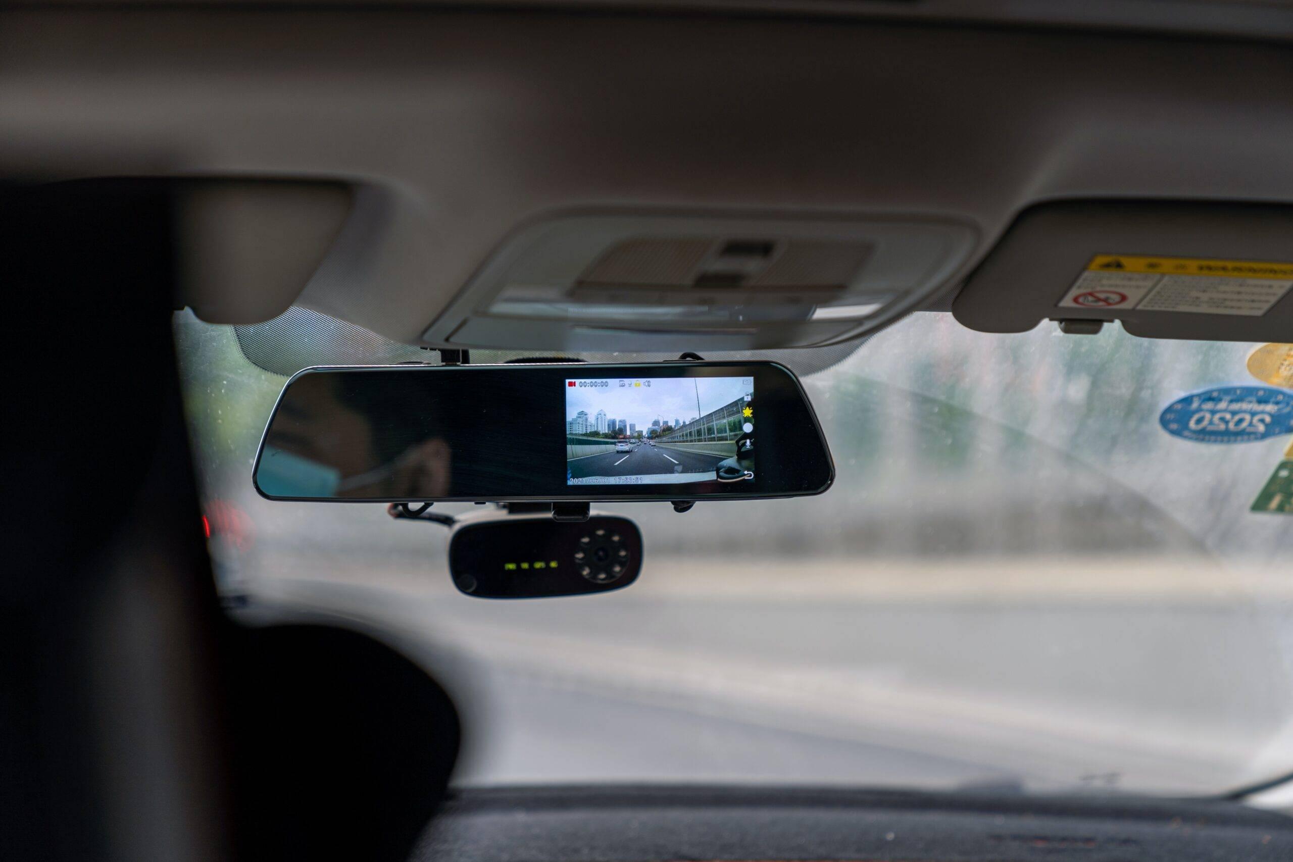 Zalety kamery samochodowej